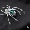水晶等多材质混搭立体蜘蛛胸针