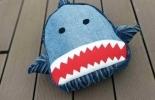 《抠门儿的老阎》旧牛仔改造鲨鱼背包,附包