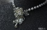 ▌做物饰 ▌设计款灰色水晶花朵订钻颈链