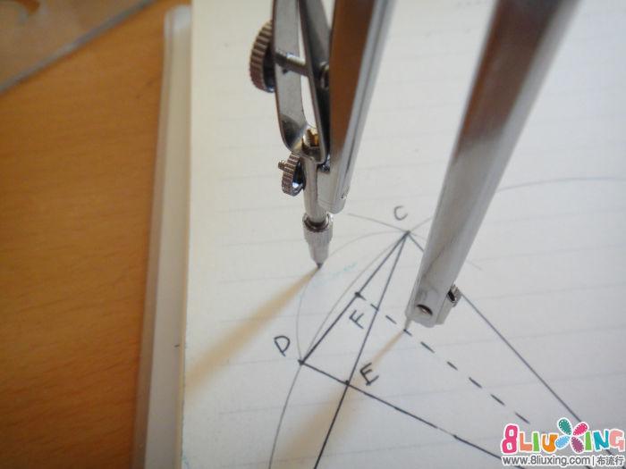 教程/如果觉得弧度小了将圆心上移,将圆心定在F点时,外弧线的弧度...