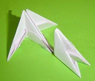 用三角纸折菠萝 三角折纸