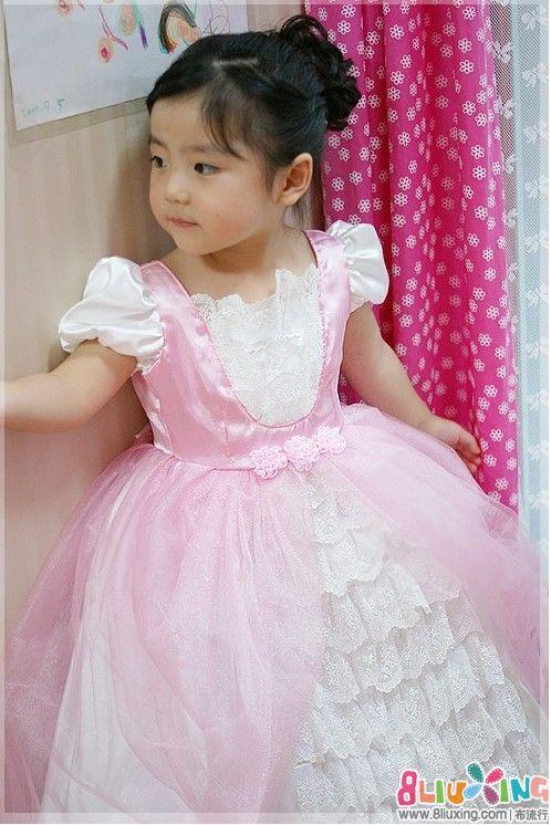 公主 裁剪/转载自博客:http://blog.sina.com.cn/s/blog_4609694401014rox....