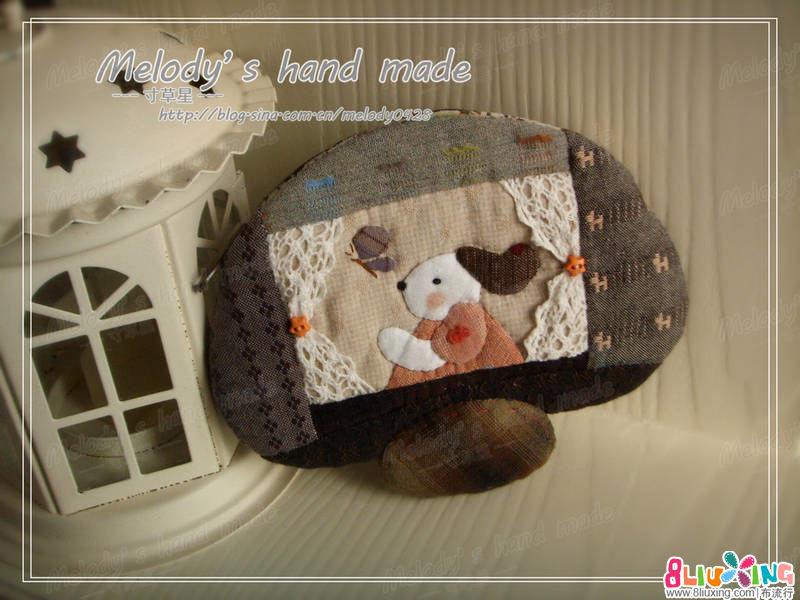 【寸草星手作】---小蘑菇化妆包
