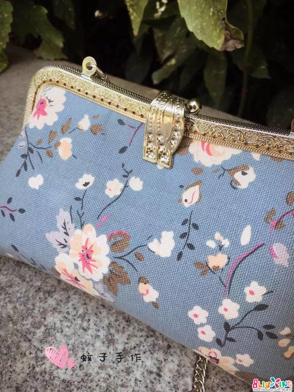 蔷薇花叶子口金包