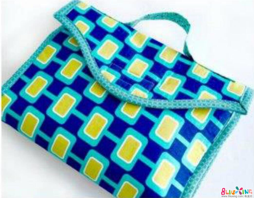 【小韵斗翻译教程】几百元的便携换尿布包你可以自己做——拎包版