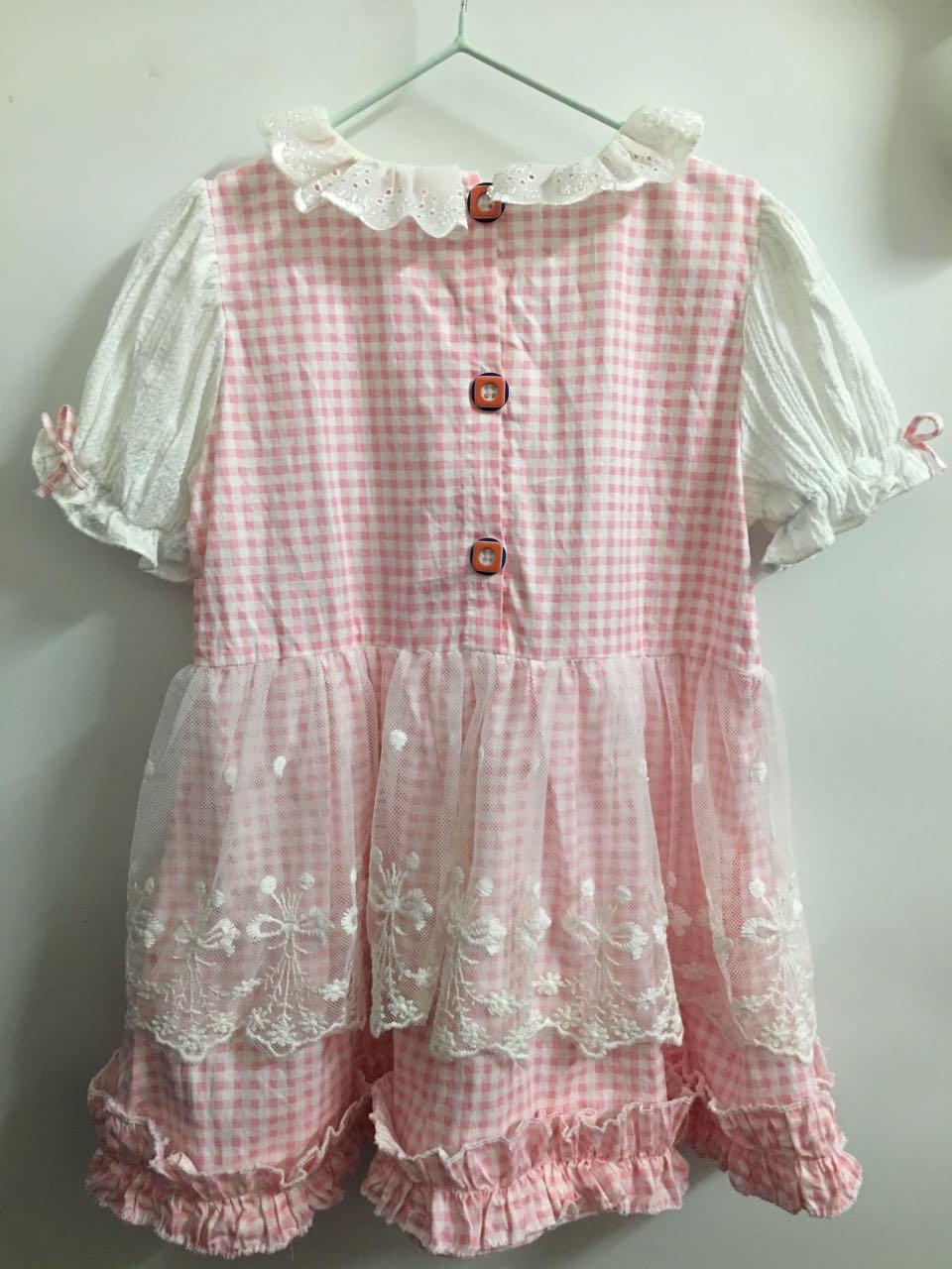 粉嫩粉嫩的小裙子